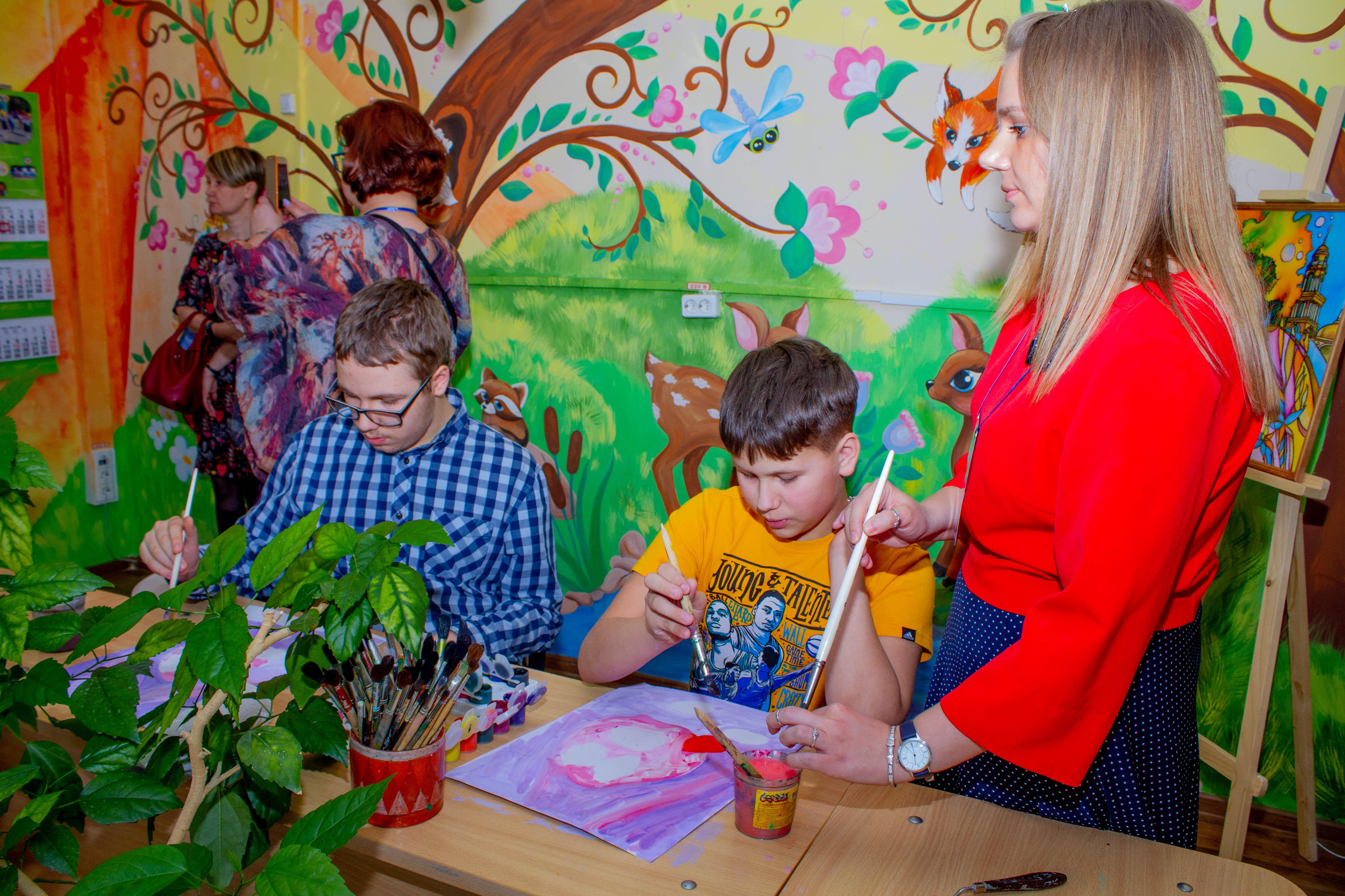 Обсуждение обучения детей с нарушениями зрения